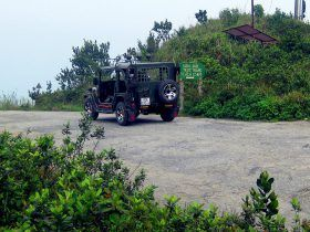 vietnamjeeps-Higher Than Hai Van Pass